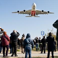 Emirates aterriza en España el primer Airbus A380