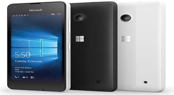 Lumia 550 lo podemos encontrar en blanco o negro