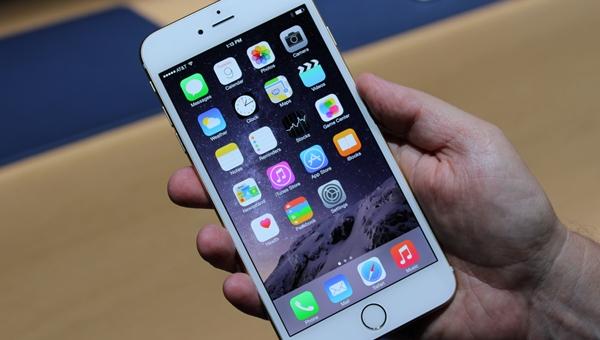 iPhone, rey de ventas, también tiene problemas.