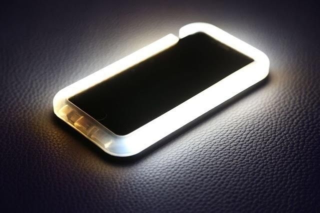 Vanity Light Up Phone Case : Esta funda de movil con luz integrada mejora los selfies de Beyonce