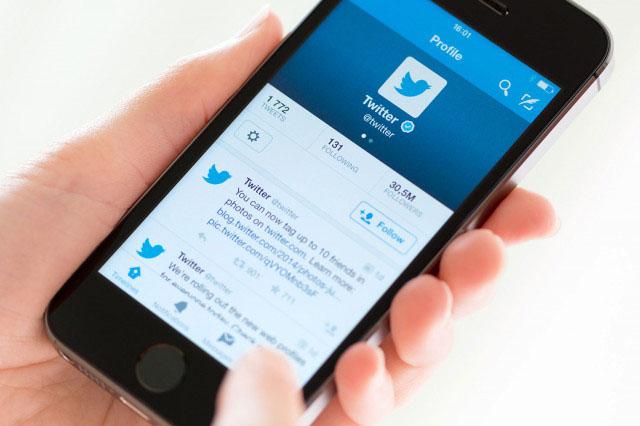 Twitter nos permite tener un timeline con los tuits cercanos nuestra geolocalización