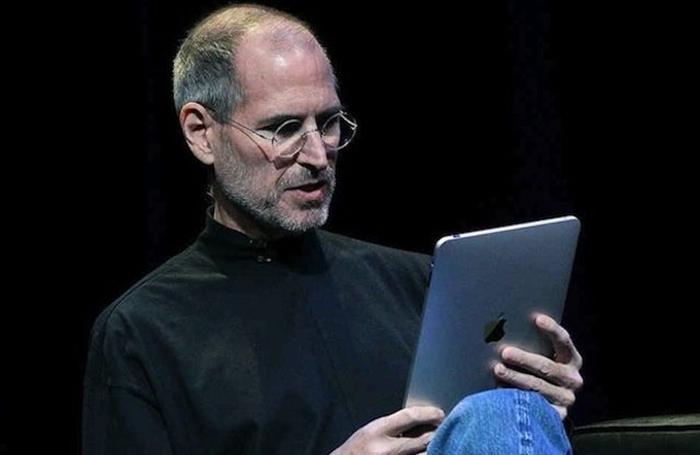 Steve Jobs y su juguete