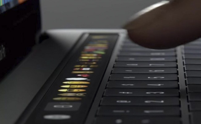 Apple sigue confiando en su Touch Bar
