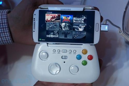 Engadget ha facilitado fotos sobre el nuevo Pad de Samsung