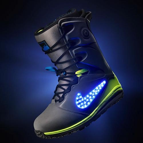 Las nuevas botas de Nike cuentan con un botón de encendido y apagado