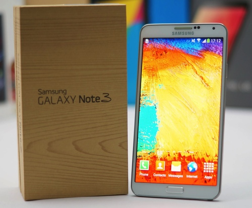Samsung Galaxy Note 3 se puso a la venta en Octubre de 2013