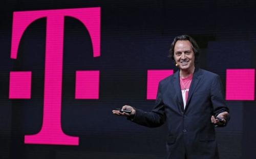 El CEO de T-Mobile fue expulsado de una fiesta de AT&AT, celebrada en Las Vegas