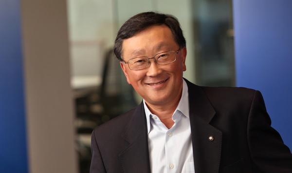 John Chen, el CEO de Blackberry defiende sus teclados