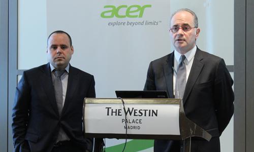 Massimo D'Angelo, director de Acer Ibérica, y su mano derecha Josep Hilari.