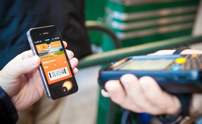 Apple también apuesta por los pagos mediante móvil