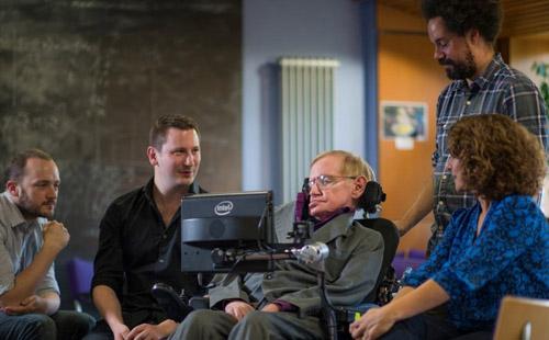 SwiftKey hará la experiencia de Hawking más intuitiva y efectiva