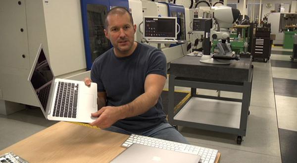 Jony Ive defiende que el proceso de diseño sea exclusivo de las compañías.