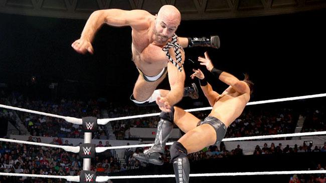 El luchador Cesaro lleva siempre RockTape, una variante de la K-Tape, sin pruebas claras de su eficacia
