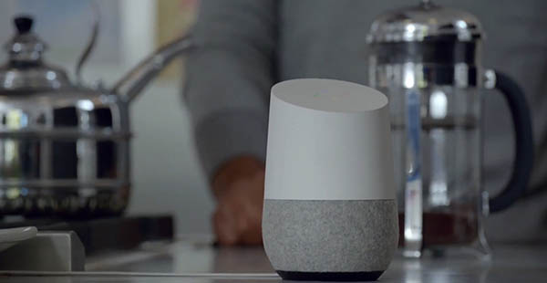 El diseño de Google Home hace que no destaque en exceso en el hogar