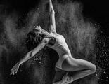 El fotógrafo Alexander Yakolev saca estas imágenes de bailarinas bañadas en harina