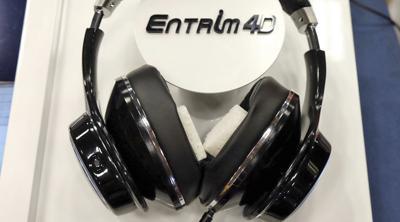 Samsung prueba unos auriculares que envían impulsos eléctricos al cerebro