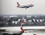 La policía investiga el choque entre un dron y un avión en Londrés