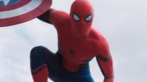 Tobey Maguire aprueba a Tom Holland como el nuevo Spider-Man en un divertido meme