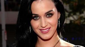 Hackean la cuenta de Katy Perry y aprovechan para mensajear a Taylor Swift