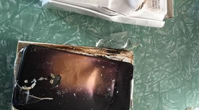 Un iPhone 7 Plus explota antes de sacarlo de su caja