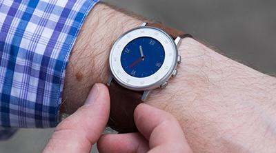 Pebble actualiza sus relojes para que puedan funcionar cuando los servidores acaben cerrando