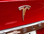 Tesla firma un acuerdo para construir una fábrica en China