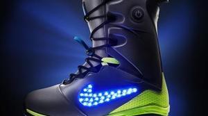Nike presenta las LunarEndor QS, unas botas de snowboard que se iluminan